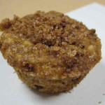 Oatmeal Cinnamon Chip Muffins with Cinnamon Streusel