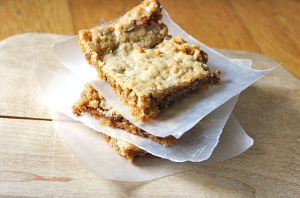 Cinnamon Toasted Oat Squares