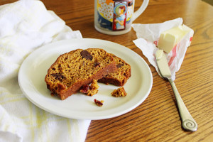 Start your day with a slice of this delicious sweet pumpkin bread studded with chocolate and cranberries.