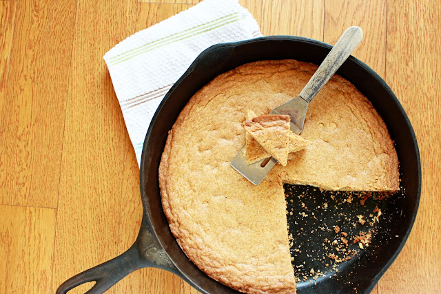 A delicious buttery, cookie loaded with white chocolate chips, this White Chocolate Skillet Cookie is made for sharing.