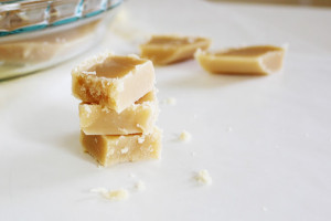 Old Fashioned Peanut Butter Fudge | It Bakes Me Happy