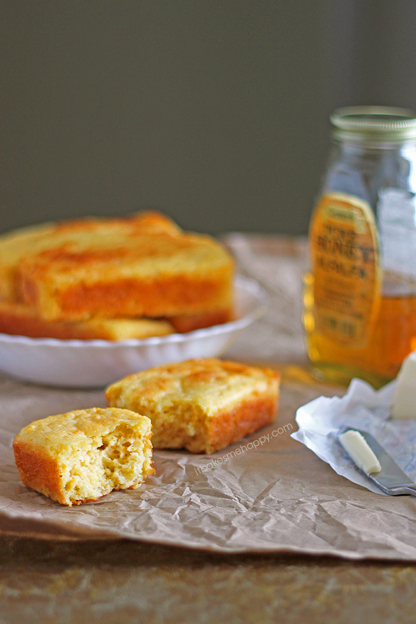 Creamed Corn Cornbread | It Bakes Me Happy