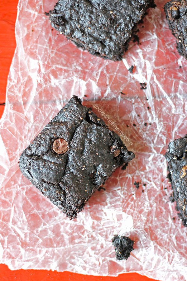 Double Chocolate PB Brownies | It Bakes Me Happy