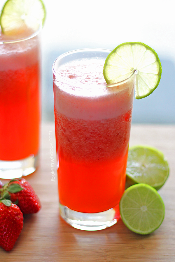 Strawberry Limeade | It Bakes Me Happy
