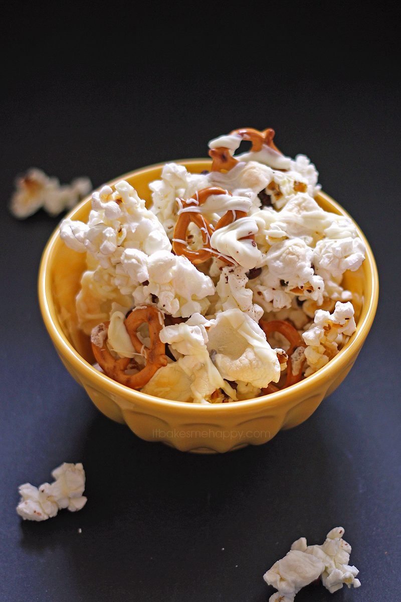 Sweet Indulgence Popcorn Mix | It Bakes Me Happy