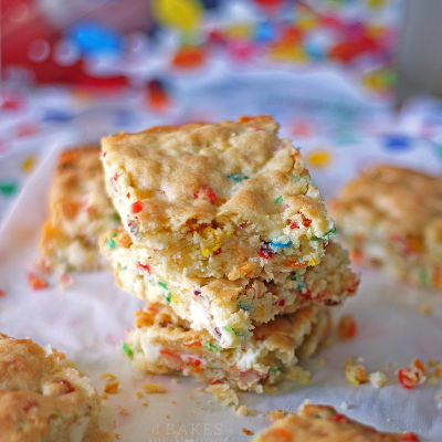 White Chocolate Fruity Pebble Bars