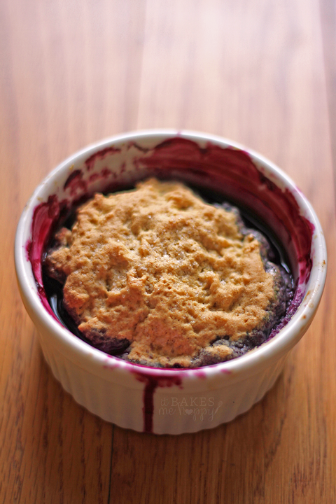 Single Serving Mixed Berry Cobbler | It Bakes Me Happy