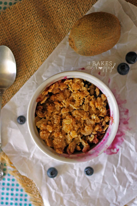 Blueberry Kiwi Crisp | It Bakes Me Happy