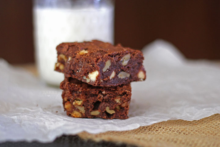 Walnut Fudge Brownies | It Bakes Me Happy