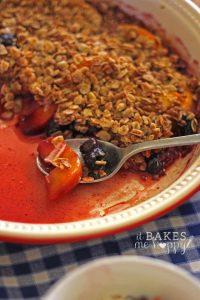 Peach Blueberry Crisp | It Bakes Me Happy