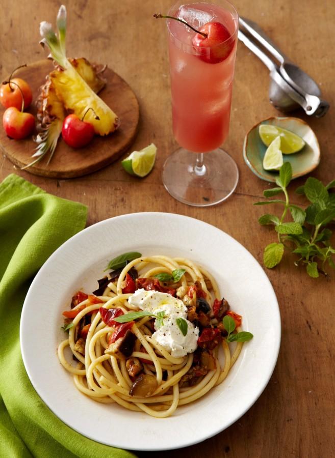 Veggies-Pasta-and-Punch-Oh-My-657x900