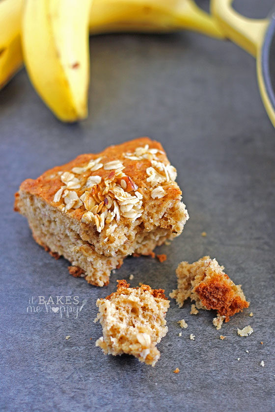 Fresh baked Granola Crunch Banana Bread has a soft inside with a crunchy granola topping, relax and enjoy a slice of this healthier banana bread for breakfast.