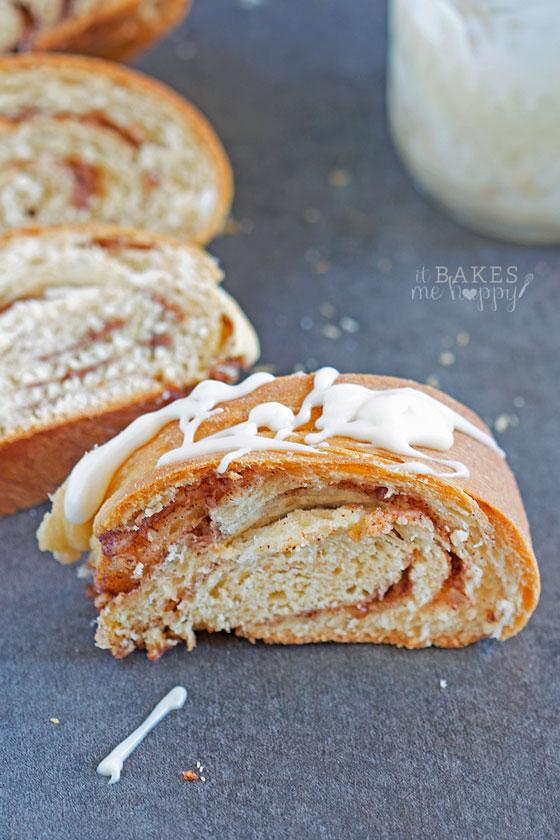 Cinnamon Bun Babka