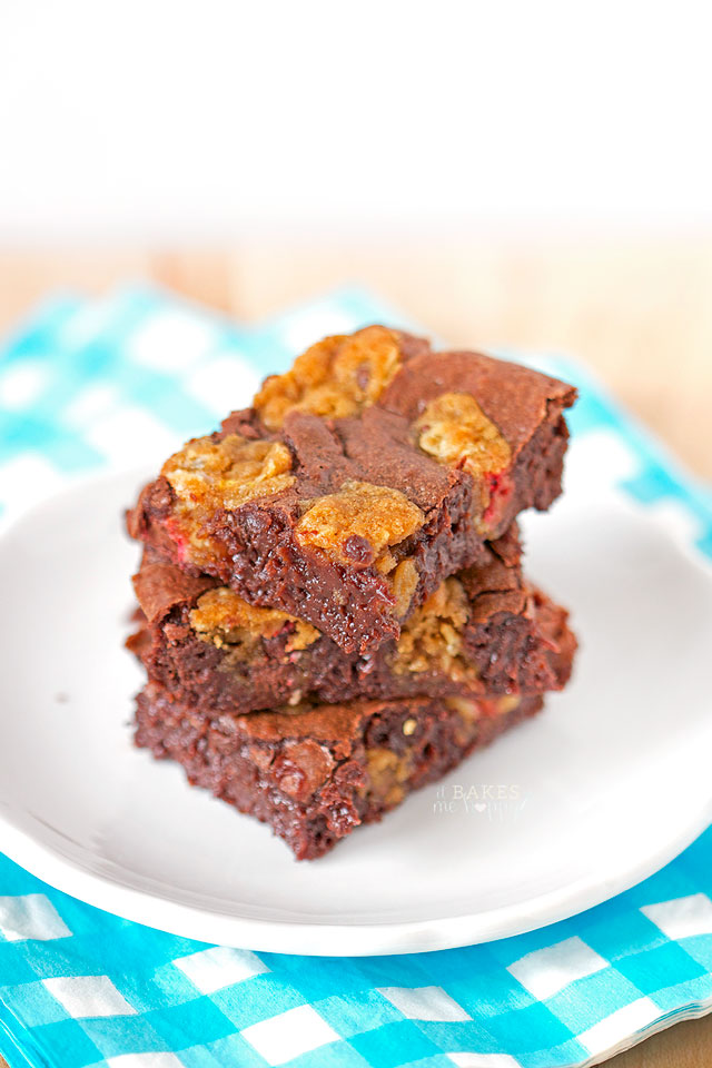 Rich gooey chocolate brownies meet chocolate chip cookies in these decadent Brookie Bars.