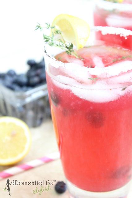 thyme-blueberry-lemonade