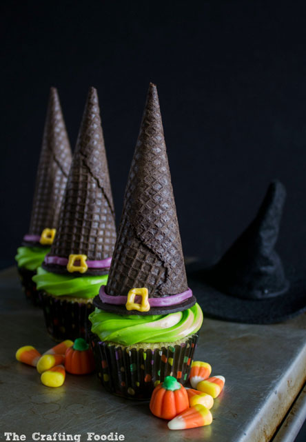 Witch-Hat-Cupcake
