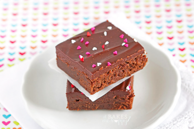 Soft fudge brownies are topped with a thick layer of rich chocolate ganache that makes these Ganache Brownies a perfect dessert for chocolate lovers!