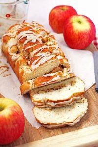 Apple Cinnamon Bread #BrunchWeek
