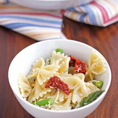 Primavera Pasta Salad is the perfect light meal