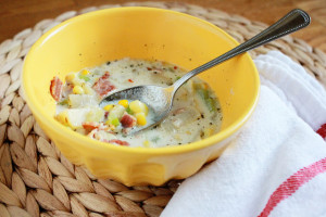 Packed corn, potatoes, celery and bacon this Bacon Corn & Potato Chowder is hearty and delicious, it's sure to fill you up and make you feel good.