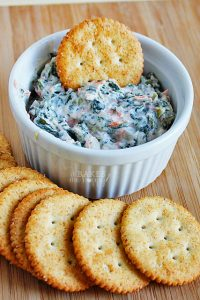 Made with Greek yogurt, spinach and carrots this recipe has all the flavor and satisfaction of a traditional spinach dip, but with less calories!