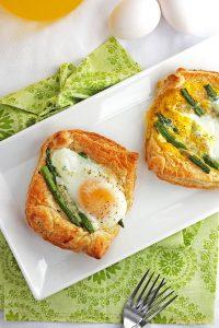 White Cheddar Asparagus Breakfast Tarts
