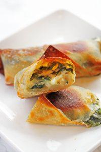 Cheesy Spinach Egg Rolls